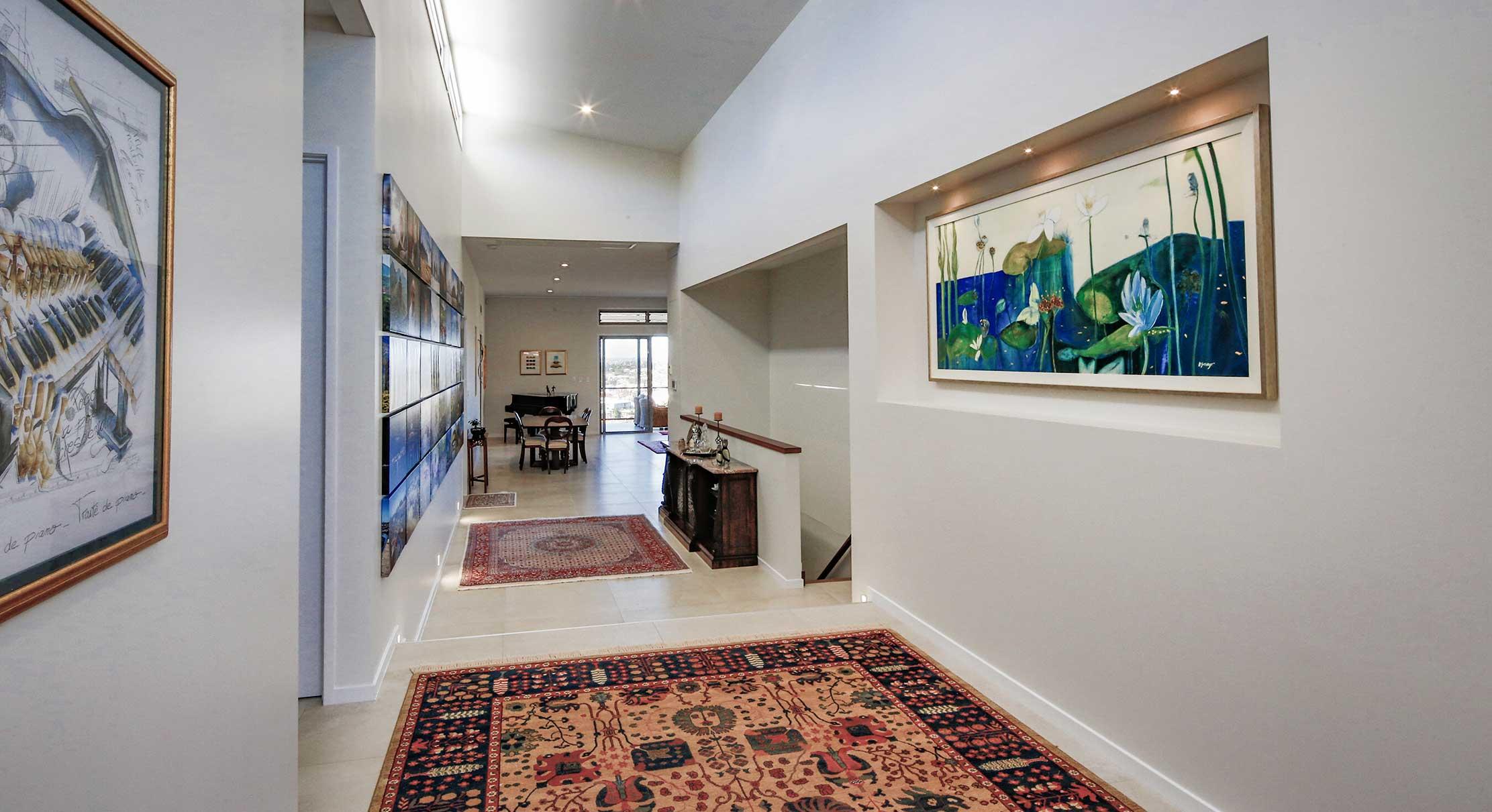 portfolio-3-slider-image-6-hallway-reversed-gary-cramb-constructions-brisbane